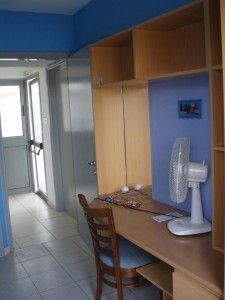 009 Single en-suite room