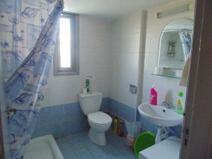 016 Twin en-suite Room